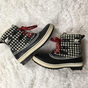Sorel Houndstooth Black White Waterproof Boots